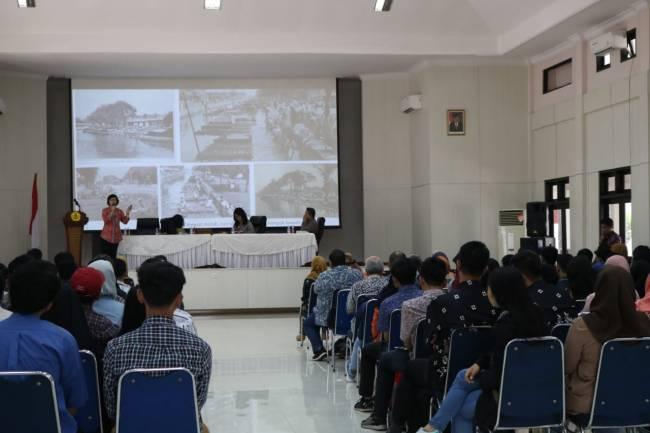Prodi Arsitektur Gelar Seminar Tata Ruang Kota