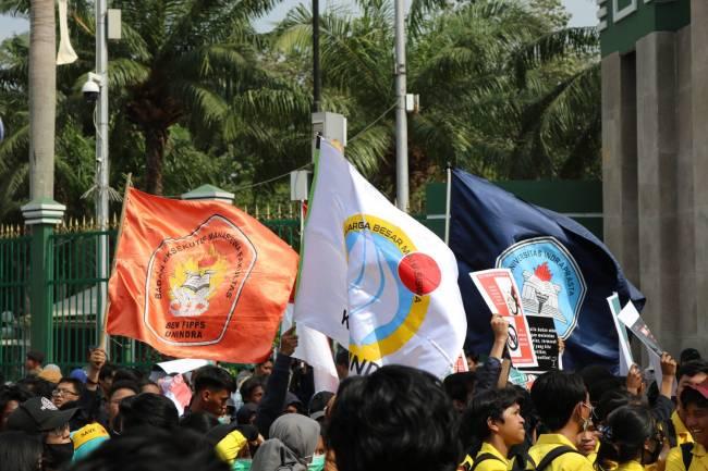 Keterlibatan Unindra dalam Aksi Penolakan RUU KPK dan KUHP di Gedung DPR