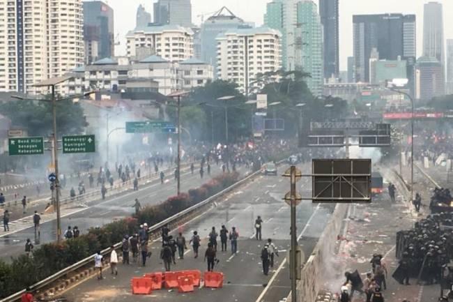 Kronologi Kekerasan Pers Mahasiswa Progress pada Aksi #ReformasiDikorupsi
