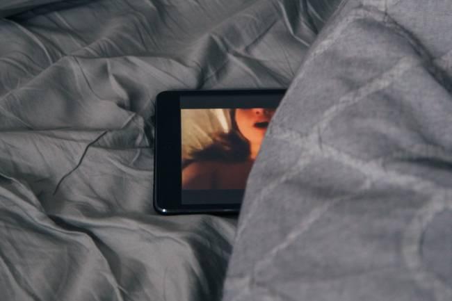 Jika Video Seksual Milik Pribadi Tersebar, Harus Apa?