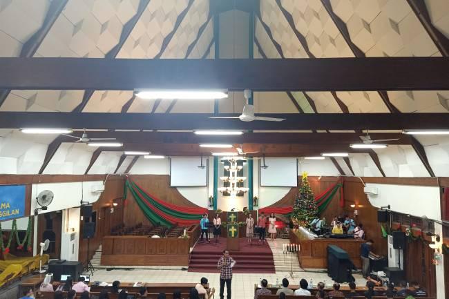 Kemeriahan Ibadah Perayaan Natal oleh PMK Unindra