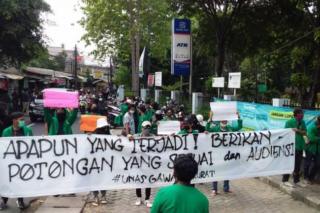 Aksi Lanjutan Mahasiswa Universitas Nasional