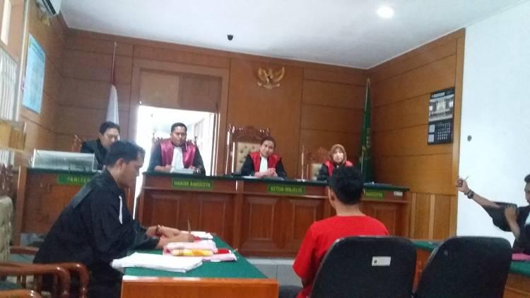 Kasus Ariyanto: Bagai Kancil Diserang Buaya