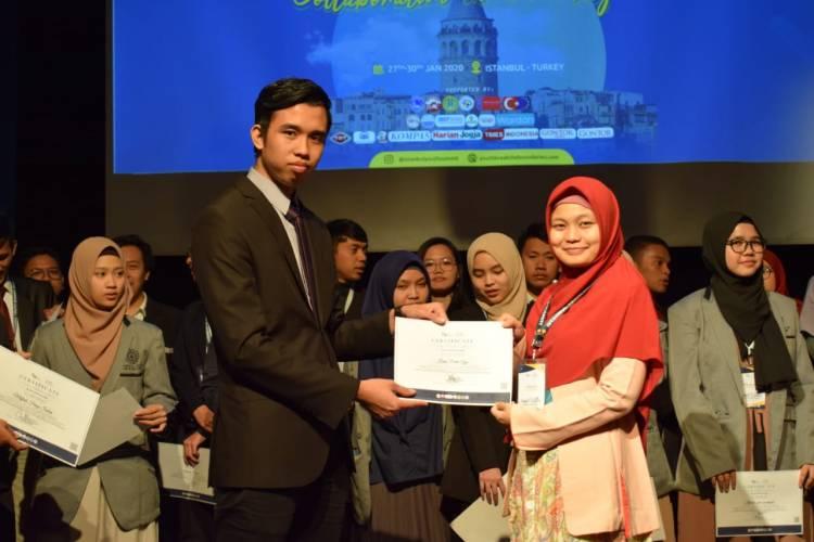Pengalaman Mahasiswi S2 Unindra di Istanbul Youth Summit 2020