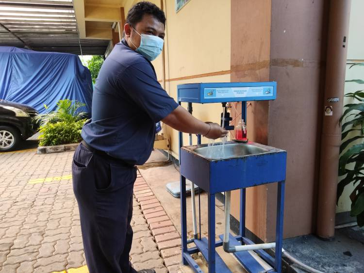 Wastafel Sensor, Inovasi Karya Mahasiswa Prodi Fisika di Tengah Pandemi